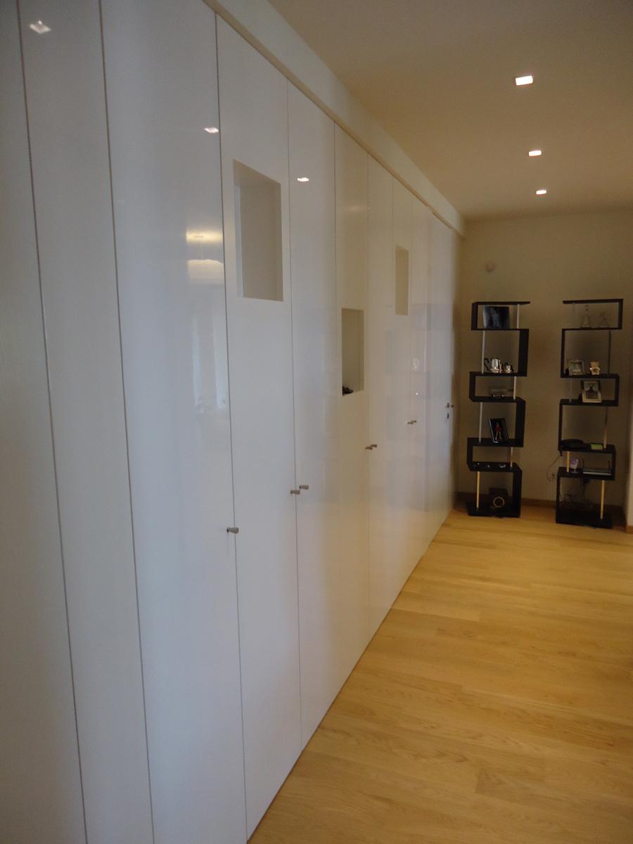 Casa - PG - Parete/armadio con nicchie porta-oggetti - Tommaso Vecci