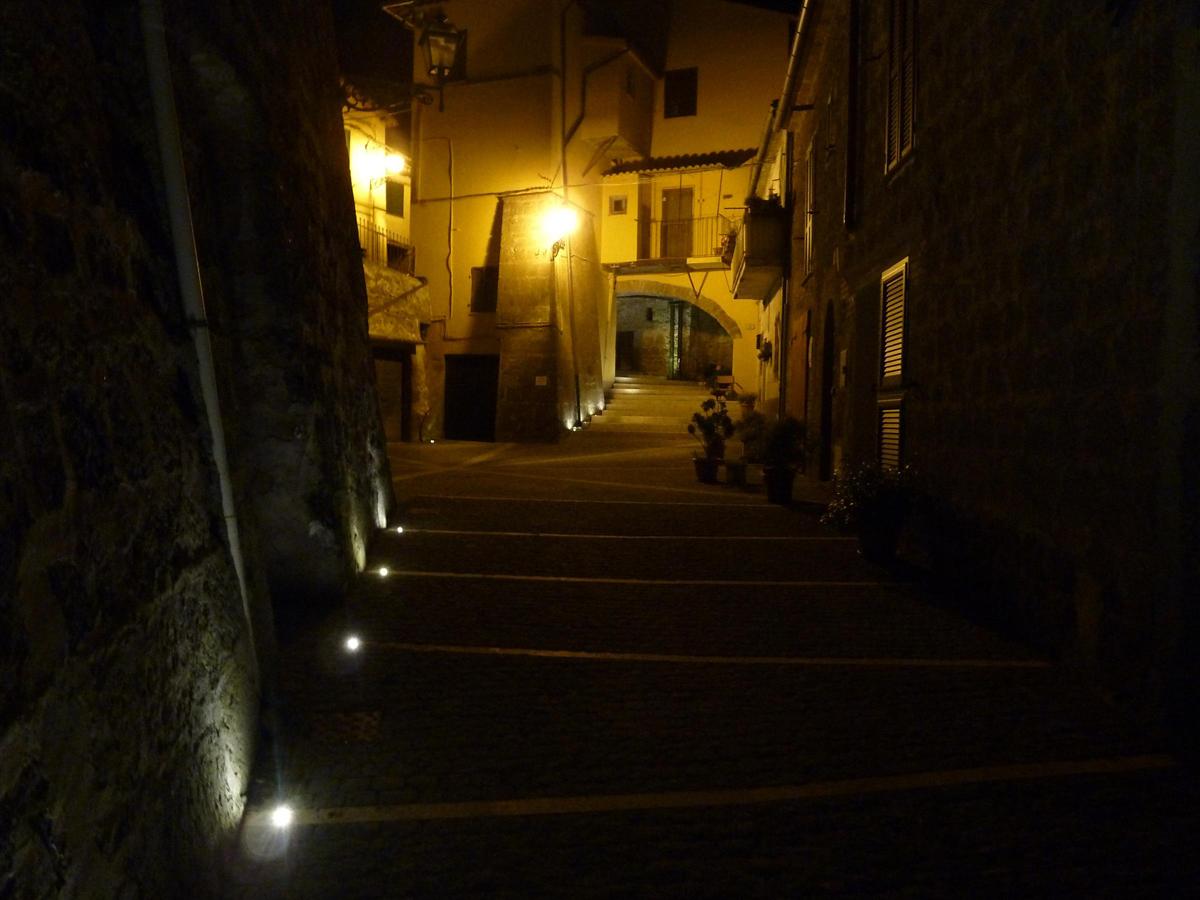 Via di Pianiano, vista notturna - Tommaso Vecci